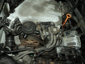 Start of a timing belt replacement on a 2000 VW cabrio
